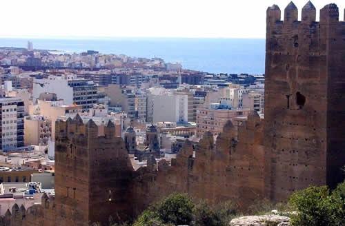 Escápate a Almería en el Puente del Pilar