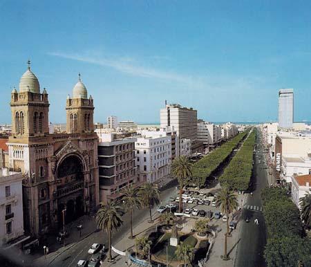 Tunisair ofrece comida tunesina a sus pasajeros en sus vuelos