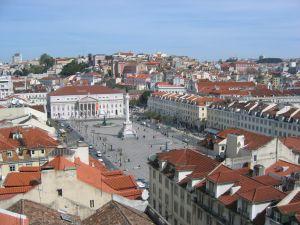 Castillo de San Jorge y barrio de la Alfama de Lisboa