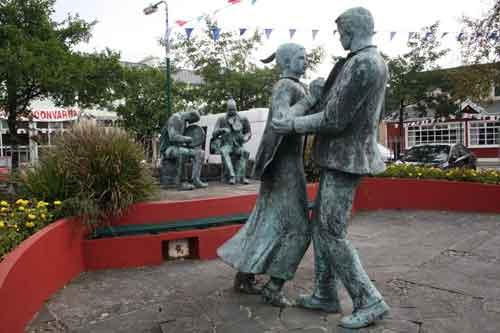 Septiembre, un mes ideal para viajes singles. Irlanda. Festival de Verano para solteros