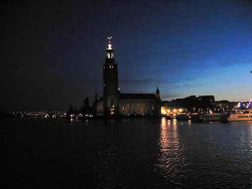 Vuelos baratos a Estocolmo para octubre. Viajes culturales