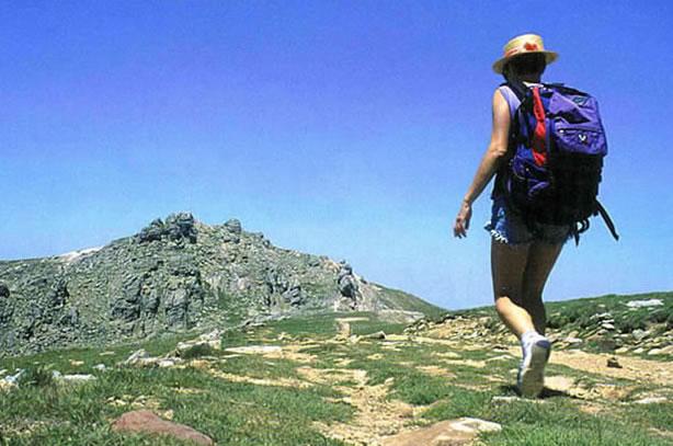 El senderismo, una opción natural de recorrer lugares