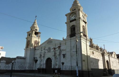 Escapada al sur de Lima para ver la Catedral de Ica