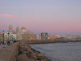 Cádiz, carnaval, historias y playas