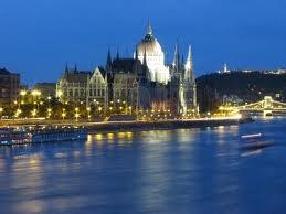 Río Danubio. Paseo por las ciudades imperiales