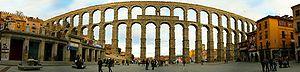 Segovia, histórica ciudad en un entorno natural de gran belleza