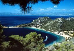 Grecia, Peloponeso, región sorprendente por sus playas y otras bellezas ocultas