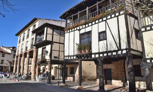Recorra Covarrubias y viaje a la Edad Media