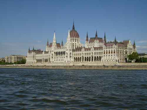 Conocer Budapest en Semana Santa volando con Air France