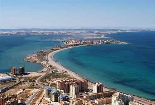 Visitar la Costa Cálida durante las próximas vacaciones de Semana Santa