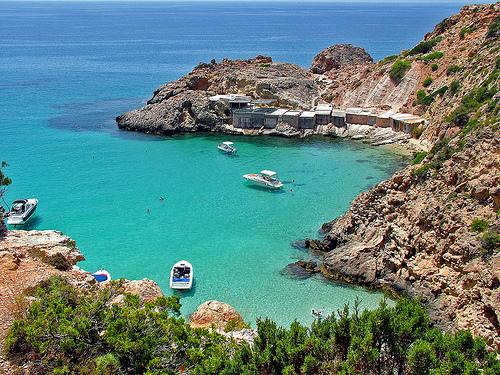 Ibiza, bulliciosa y libre