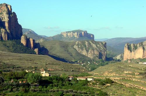 La Rioja, Parque Natural Sierra Cebollera. Turismo rural Puente del Pilar