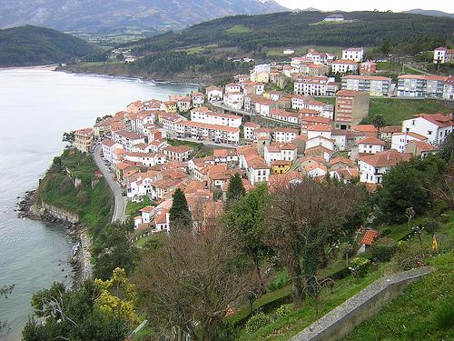 Lastres, Asturias. El pueblo de «Doctor Mateo»