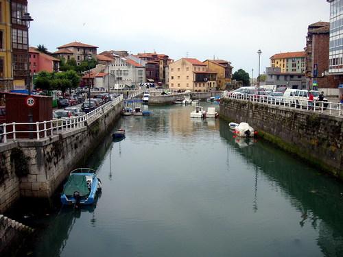 Llanes, Asturias. Mar y montaña
