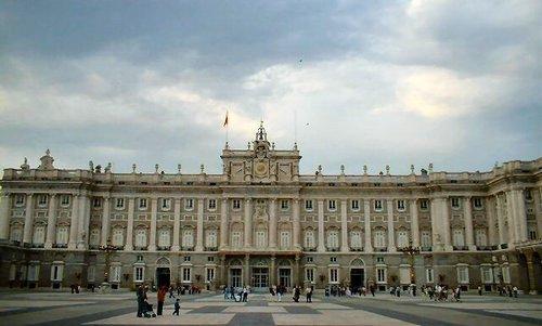 madrid_palacio_real.jpg
