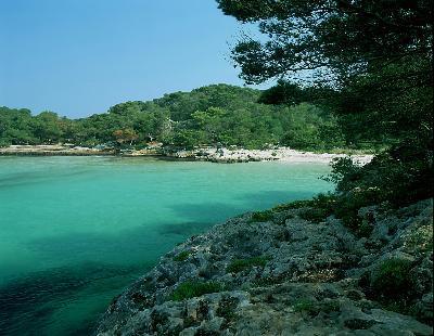 Playas de Menorca. Verano en la isla de la brisa marina